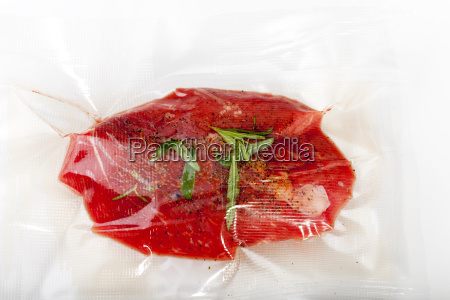 steak in a sous vide bag