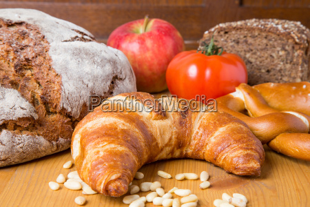different types of bread and various