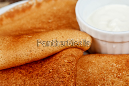 pancakes with sour cream