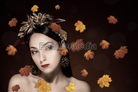 beauty portrait of brunettefema le with