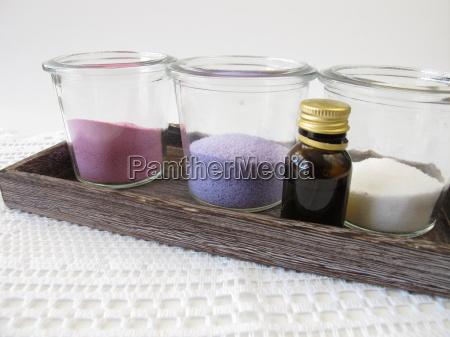 colored bath salts