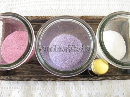 dyed bath salt