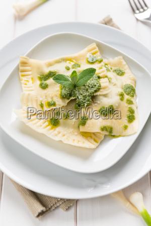 ravioli with herbs