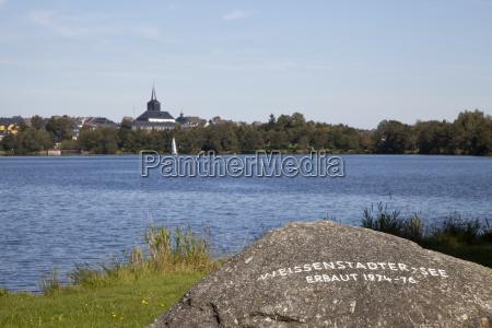 weissenstaedter lake in white city