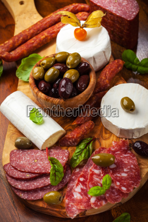 appetizer catering platter with different meat