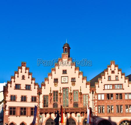 famous roemerberg in frankfurt