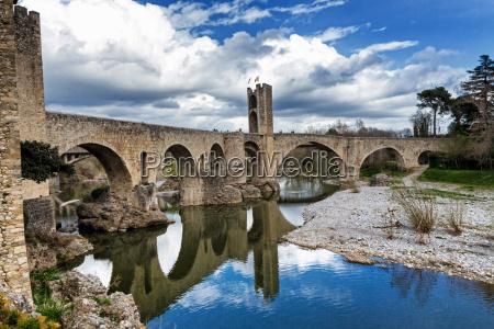 besalu medieval village