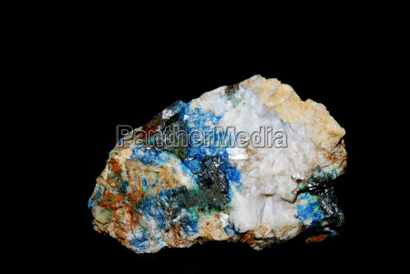 minerals malachite with azurite and quartz