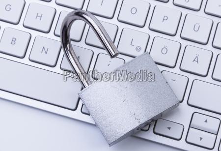open lock and keyboard