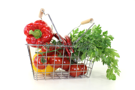 shopping basket with crunchy vegetables