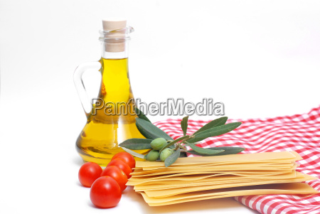 olive oil pasta tomato