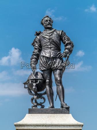 sir francis drake memorial