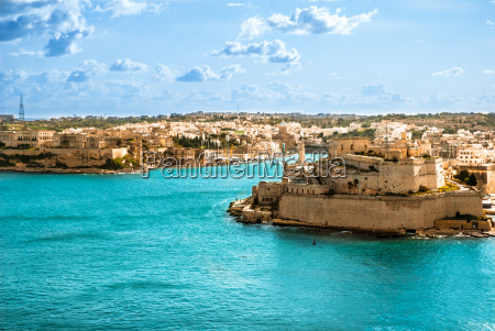 grand harbor valetta capital of malta