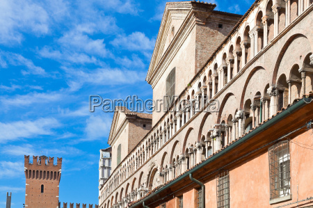 fronton of ferrara duomo from piazza