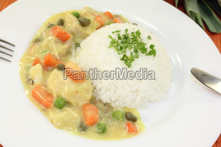 chicken fricassee with peas