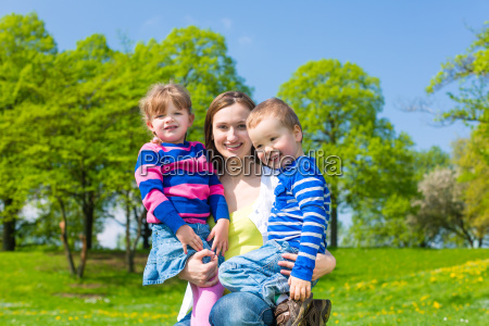 mother with son and daughter on