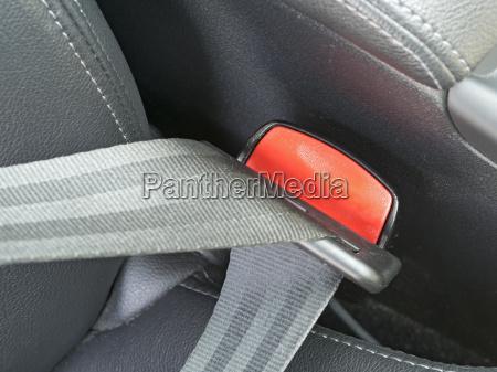 fasten seat belts in the car