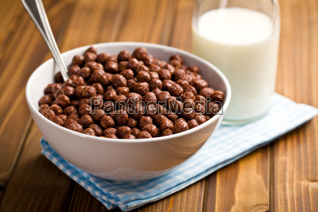 chocolate, cereals, in, bowl - 10063438