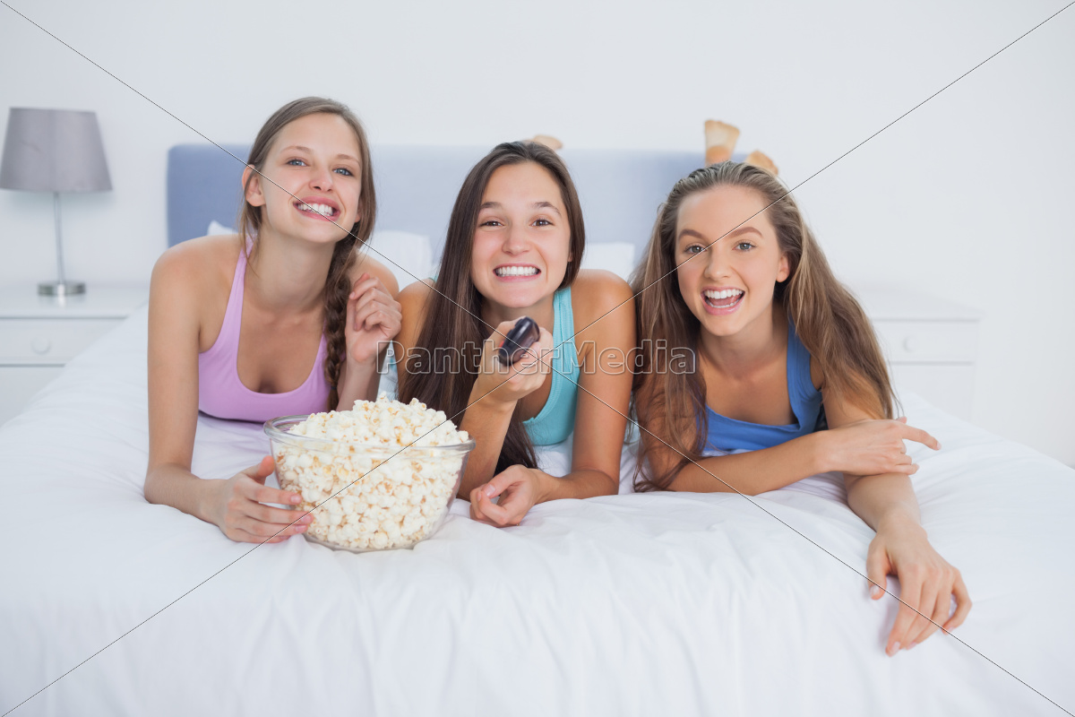 friends, eating, popcorn, and, laughing - 10078104