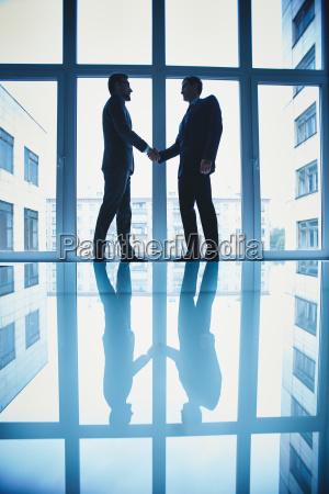 cooperation - 10081572