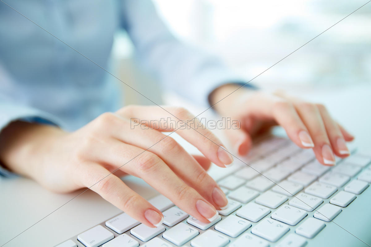 typing, worker - 10081414