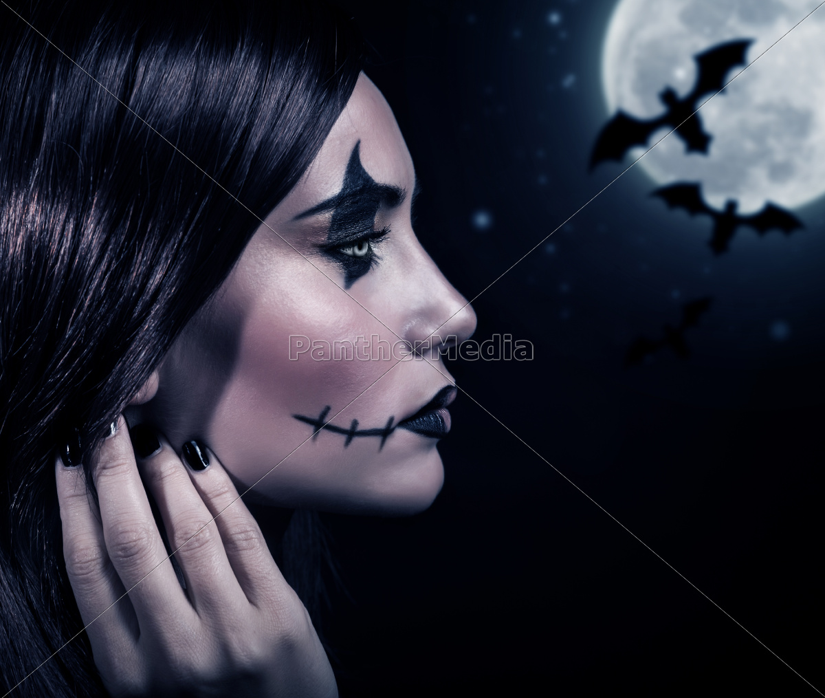 terrifying, witch, in, halloween, night - 10088442