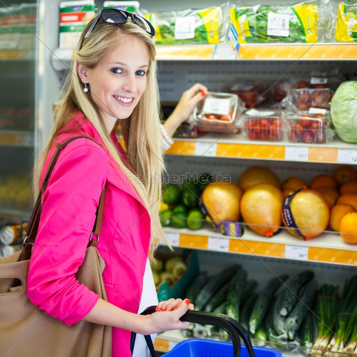 beautiful, young, woman, shopping, in, a - 10150109