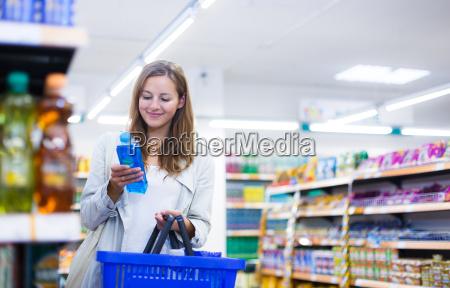 woman, stock exchange, stock-exchange, emporium, center of trade, market - 10150173