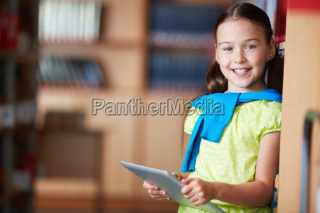 girl, with, touchpad - 10175065