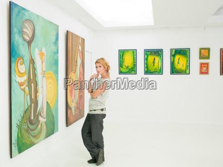 woman, visiting, art, museum - 10189317