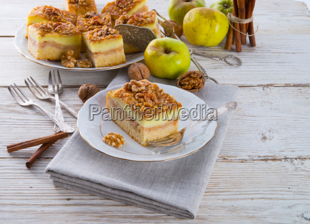 apple strudel with vanilla pudding and
