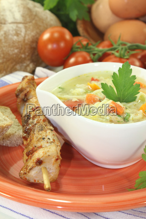 chicken soup with tomatoes