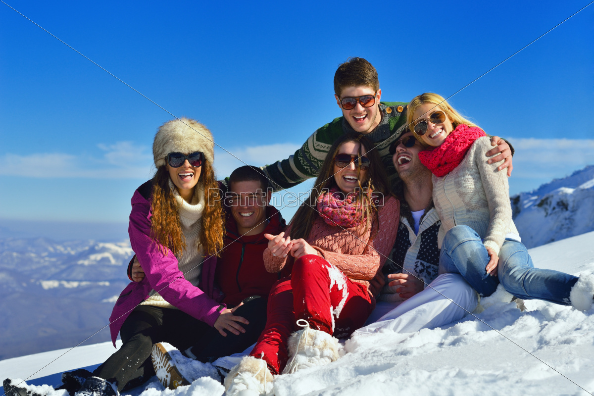 friends, have, fun, at, winter, on - 10261061