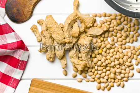 soy meat and soybeans