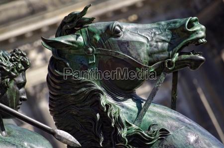 equestrian statue lion fighters in berlin