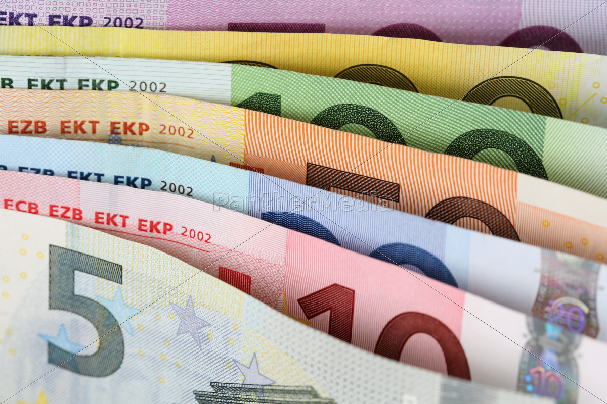 all, euro, notes, in, succession - 10297021
