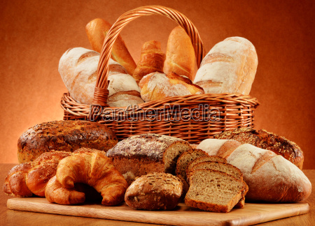 wicker, basket, with, variety, of, baking - 10299699