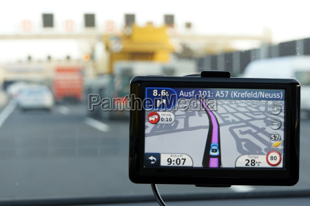 external navigation device in a car