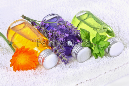 wellness, massage, with, medical, plants - 10323049