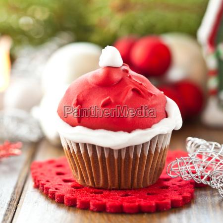 small cupcake with nicholas hood