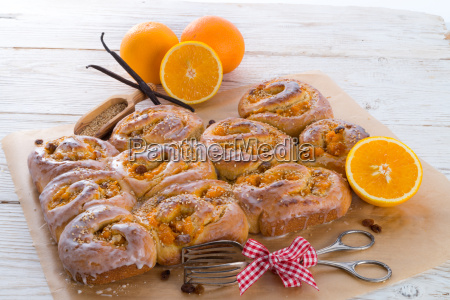 fresh, vanilla, orange, snails - 10395845