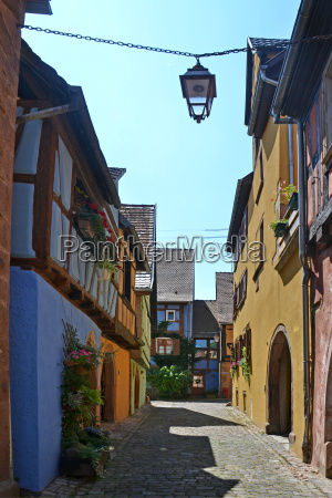 alley in ricquewihr