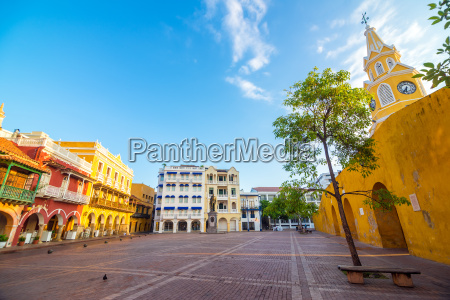 colonial, plaza - 10484659