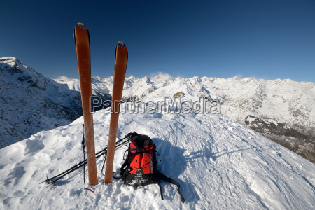 ski tour equipment and avalanche safety