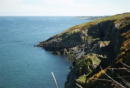 cliffwalking between bray and greystones ireland