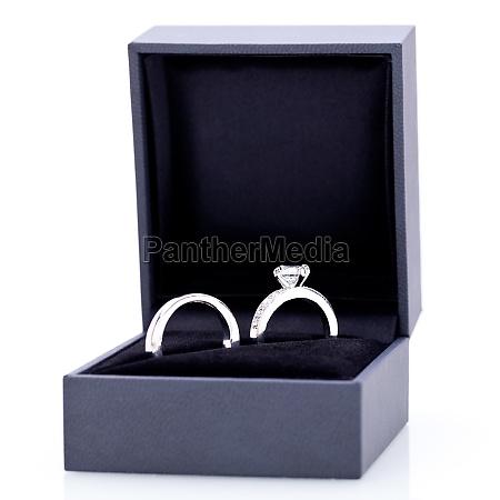 beautiful modern elegant silver ring in