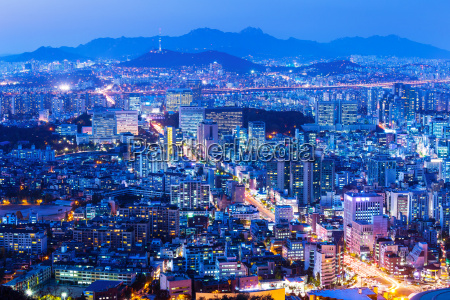 seoul cityscape at night