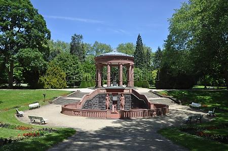 elisabethenbrunnen in bad homburg
