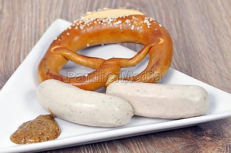 weisswurst with pretzel