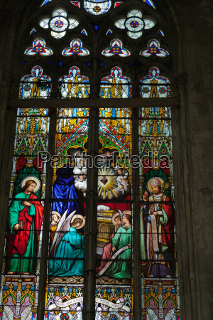 stained glass windows of saint gatien